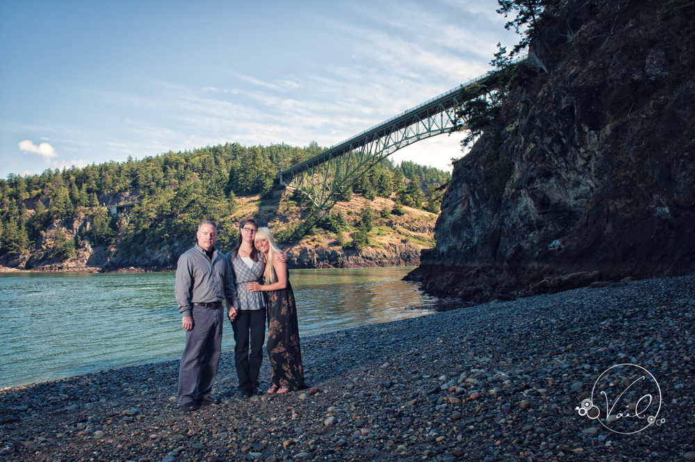 Family portrait whidbey island deception pass--3.jpg