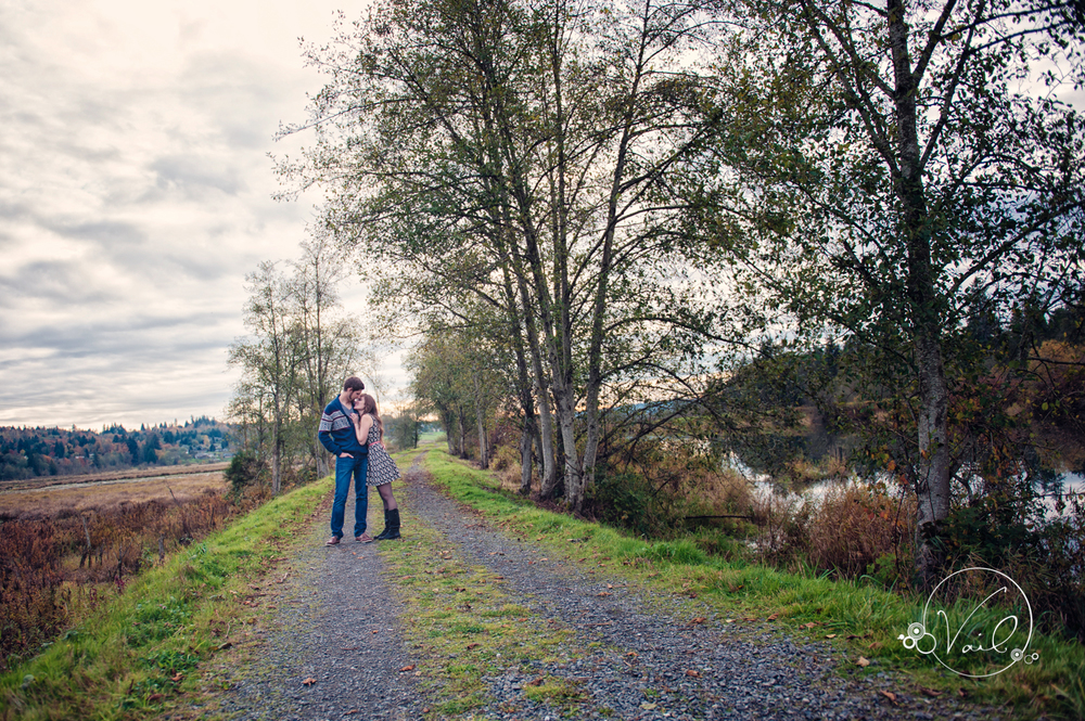 Snohomish engagement and wedding photography-30.jpg