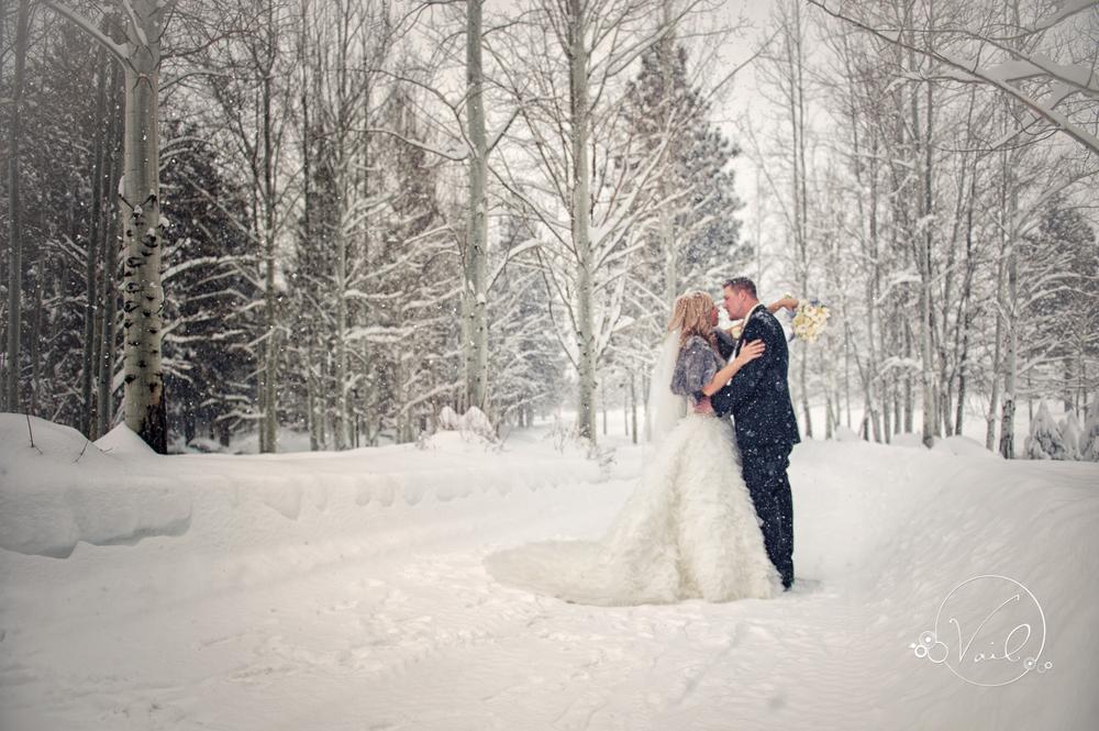 bend oregon wedding photography broken top club winter