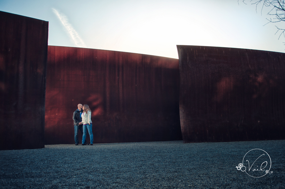 Seattle Engagement session downtown pike place olympic sculpture park-18.jpg