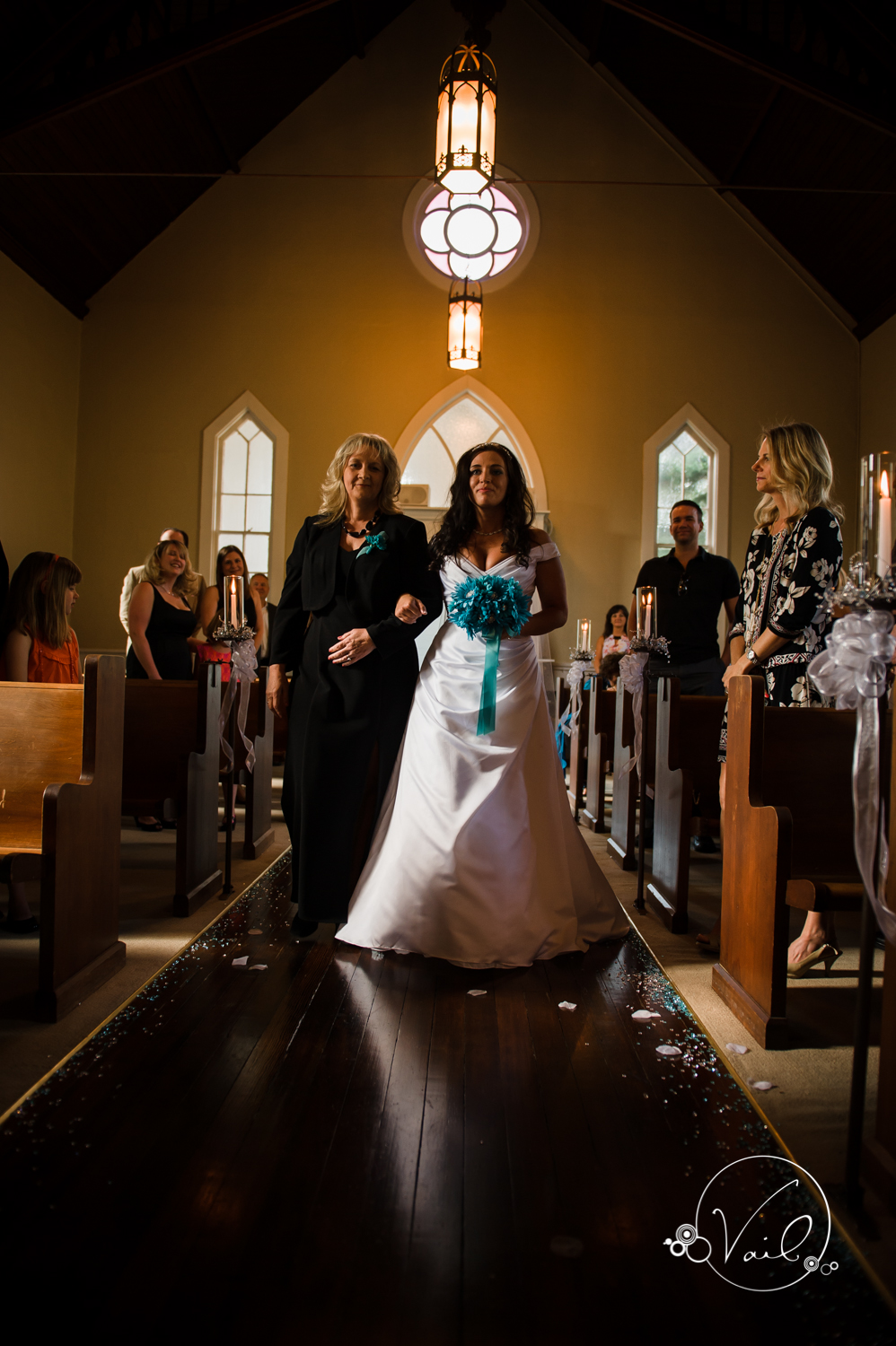 Belle Chapel Snohomish Wedding photographs by Vail Studio-28.jpg