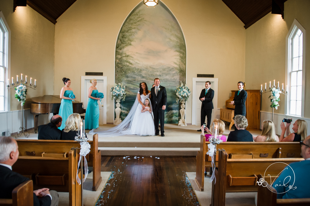 Belle Chapel Snohomish Wedding photographs by Vail Studio-32.jpg