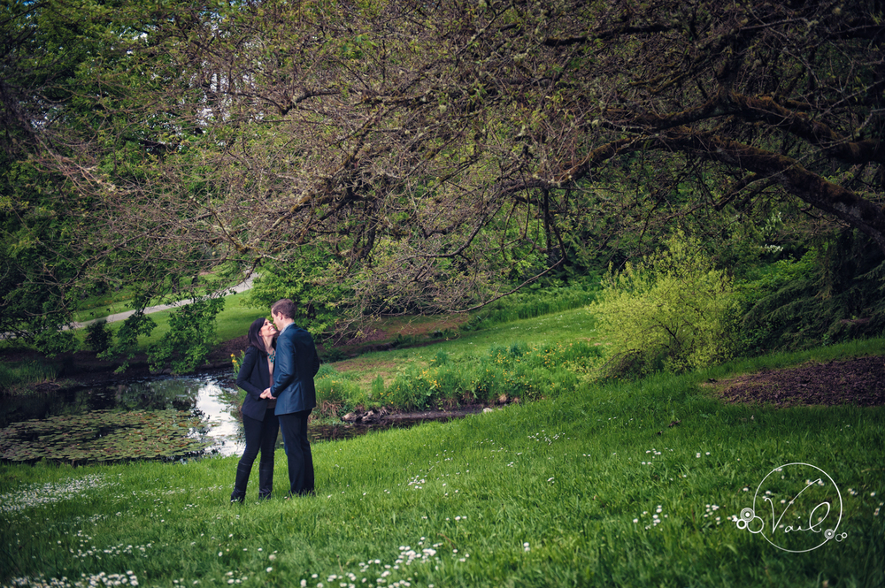Seattle Arboretum Engagment Photography-18.jpg