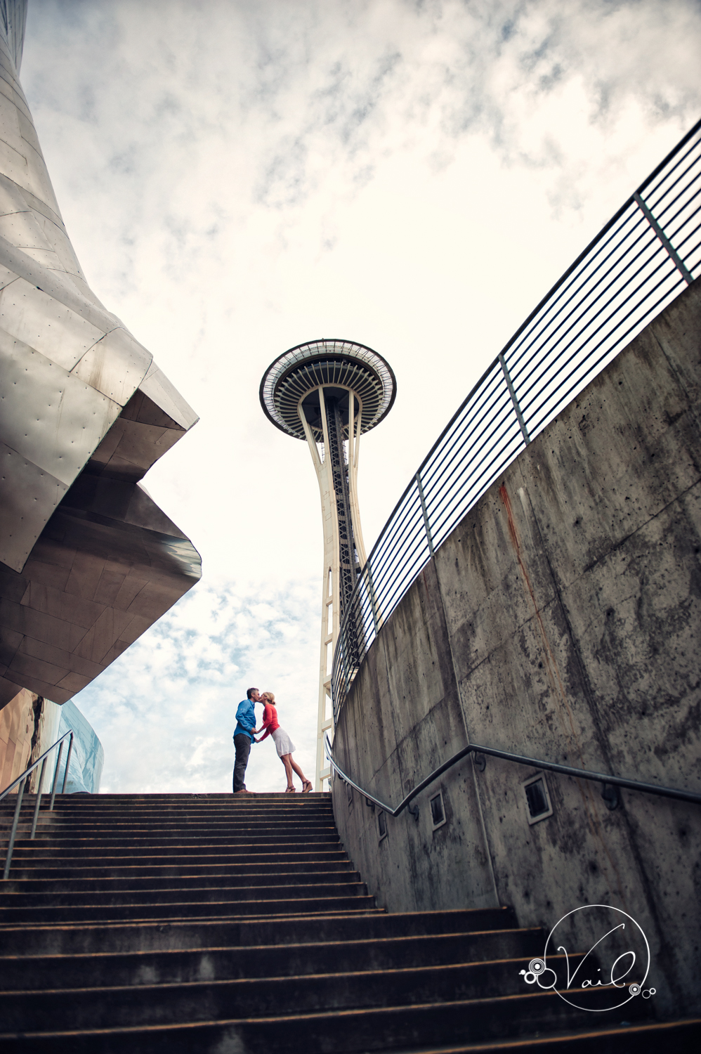Seattle Enagement Photography kerry park pike place seattle center space needle-22.jpg