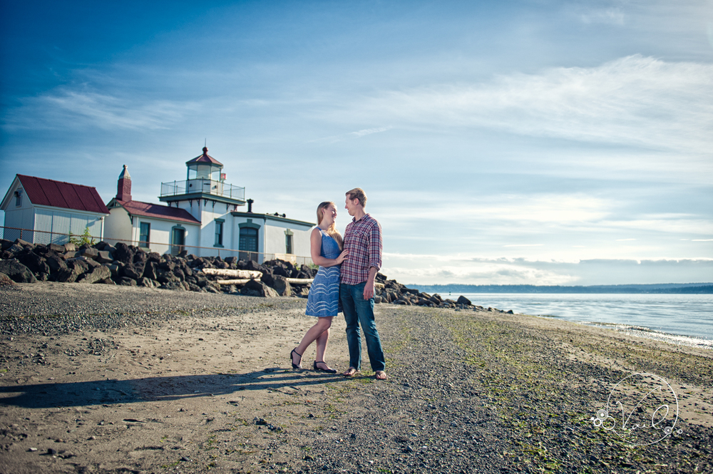 Discovery Park Seattle Engagment and Wedding-1.jpg