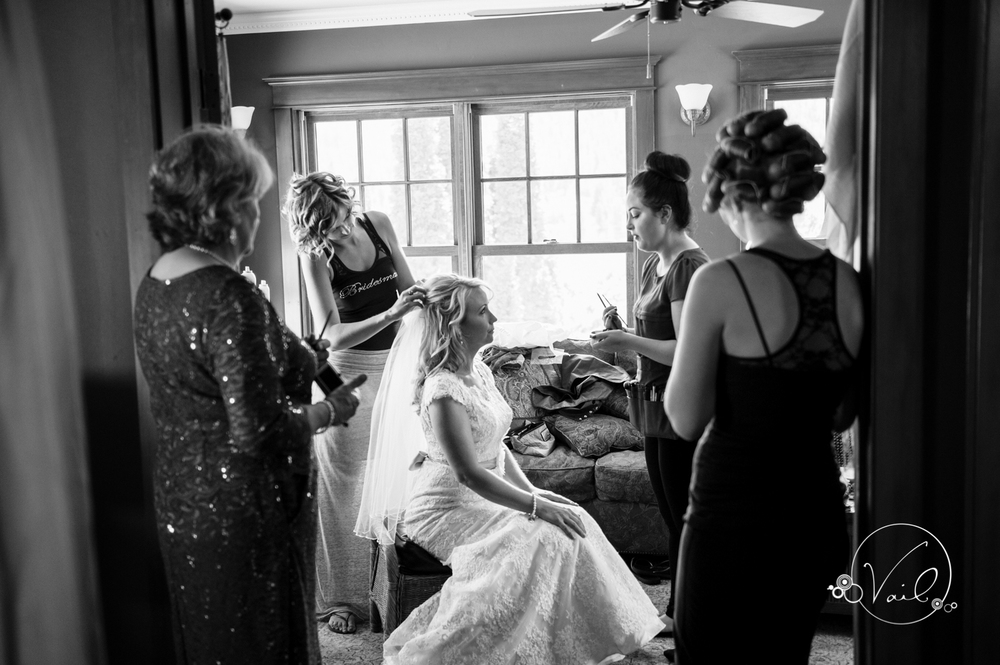 beecher hill house leavenworth wedding day-17.jpg