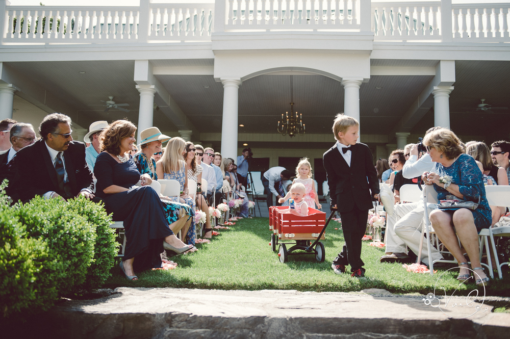 beecher hill house leavenworth wedding day-54.jpg