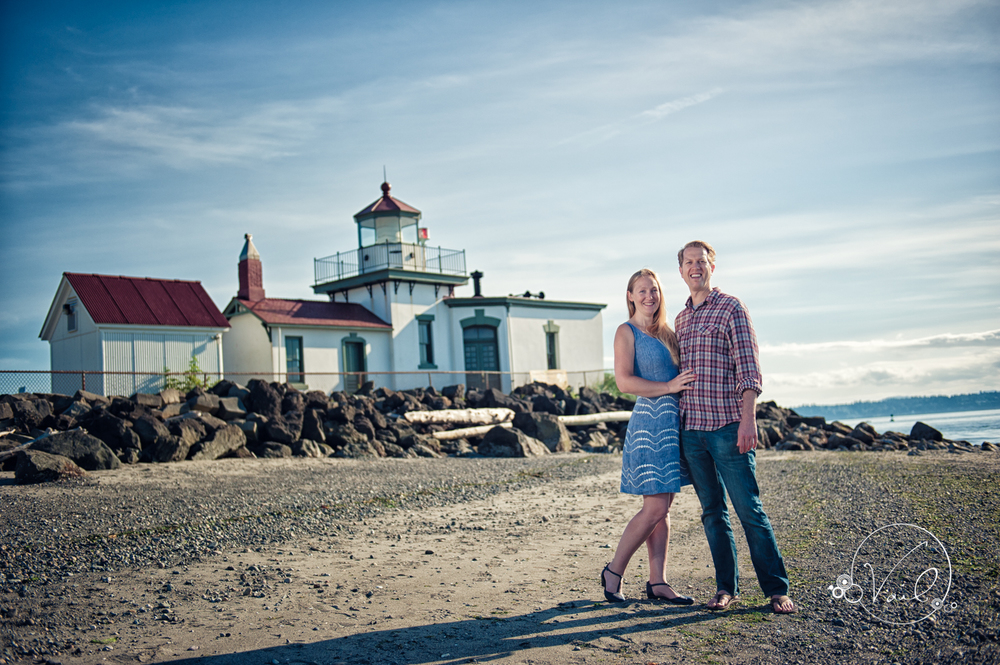 Discovery Park Seattle Engagment and Wedding-2.jpg