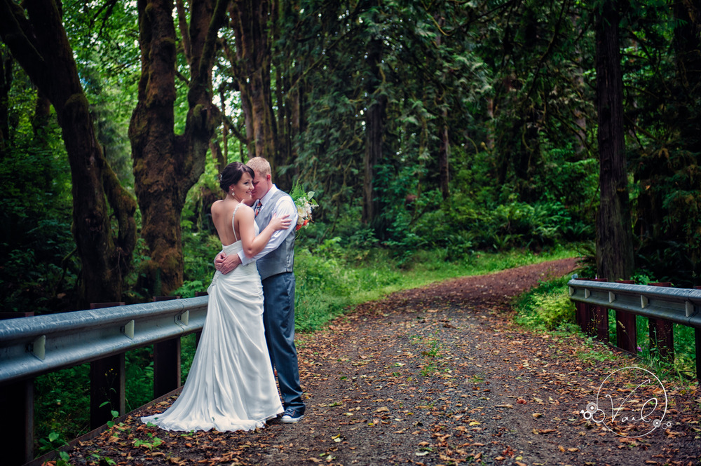 Seattle wedding day Chehalis Washington-10.jpg