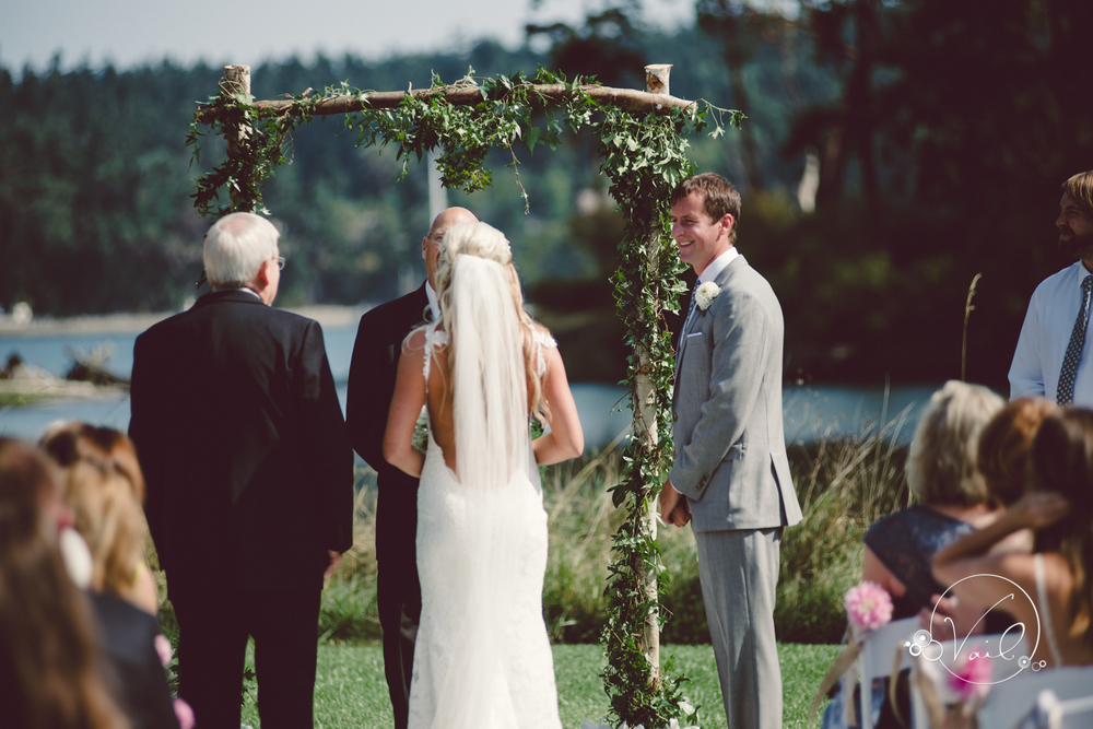 Whidbey Island wedding at captain whidbey inn-44.jpg