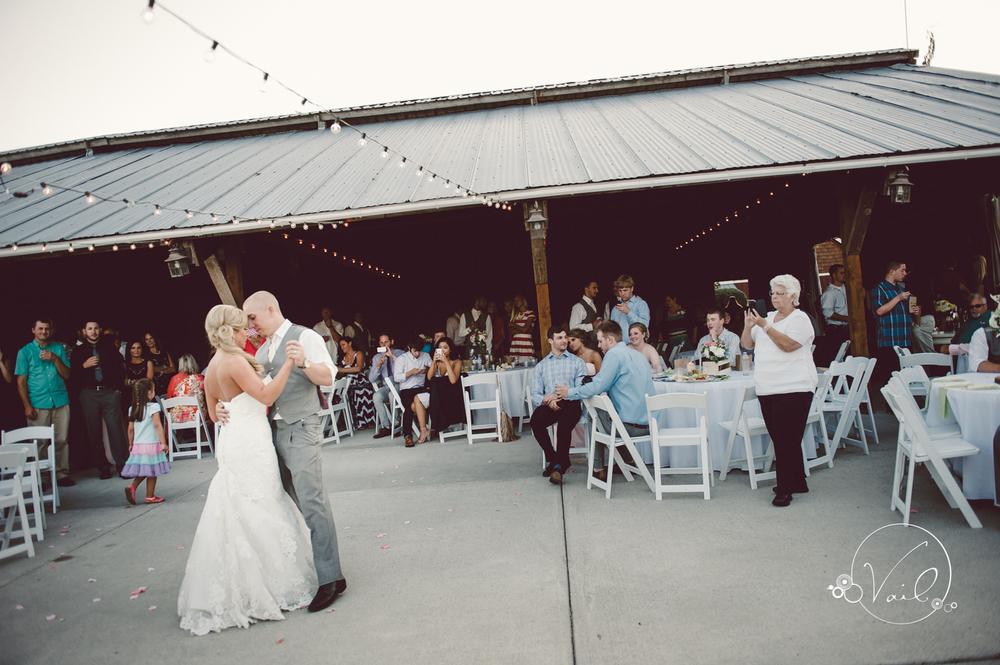 Swans trail farms snohomish wedding-81.jpg