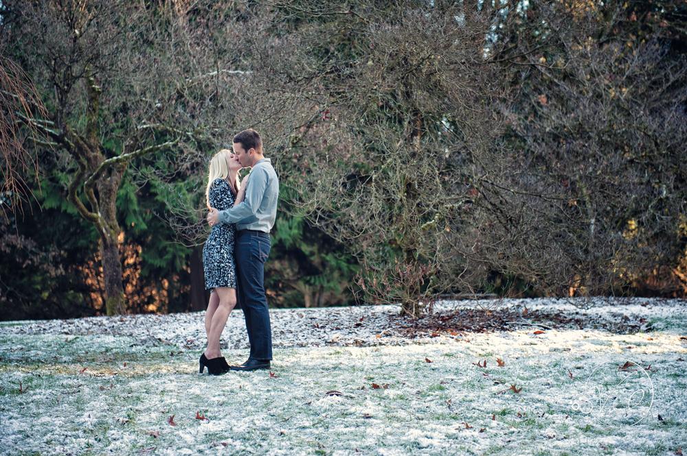 Seattle Arboretuem Winter Engagement-31.jpg