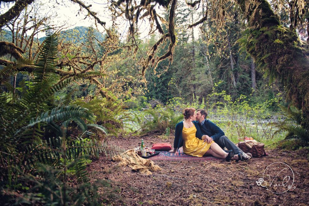 Hoh River Rainforest Engagement Picnic photoshoot-8.jpg
