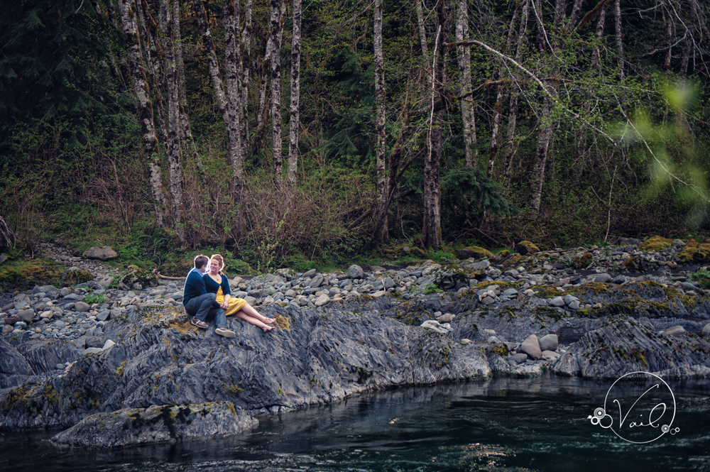Hoh river rainforest engagement picnic and fishing trip for Hoh river fishing