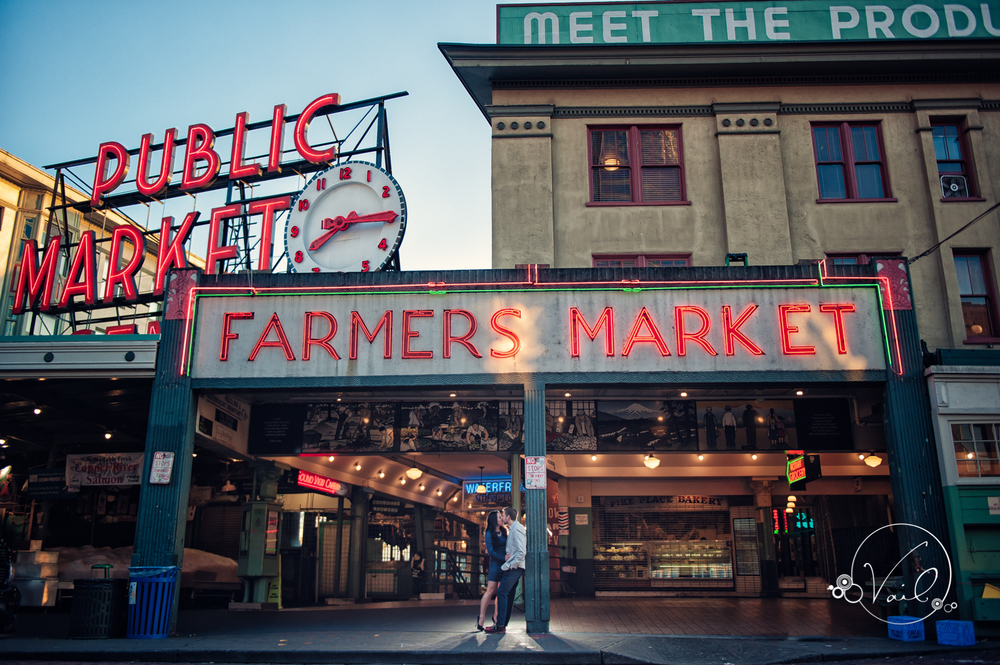Pioneer Square Pike Place Market Seattle Enagement--18.jpg
