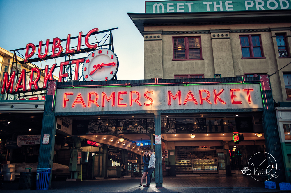 Pioneer Square Pike Place Market Seattle Enagement--17.jpg
