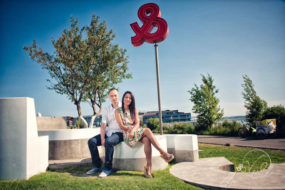 Olympic Sculpture Park Seattle Engagement Photography-13.jpg