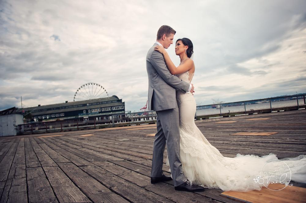 Seattle Aquarium, Seattle Center, The Great Wheel, Seattle Wedding day-41.jpg