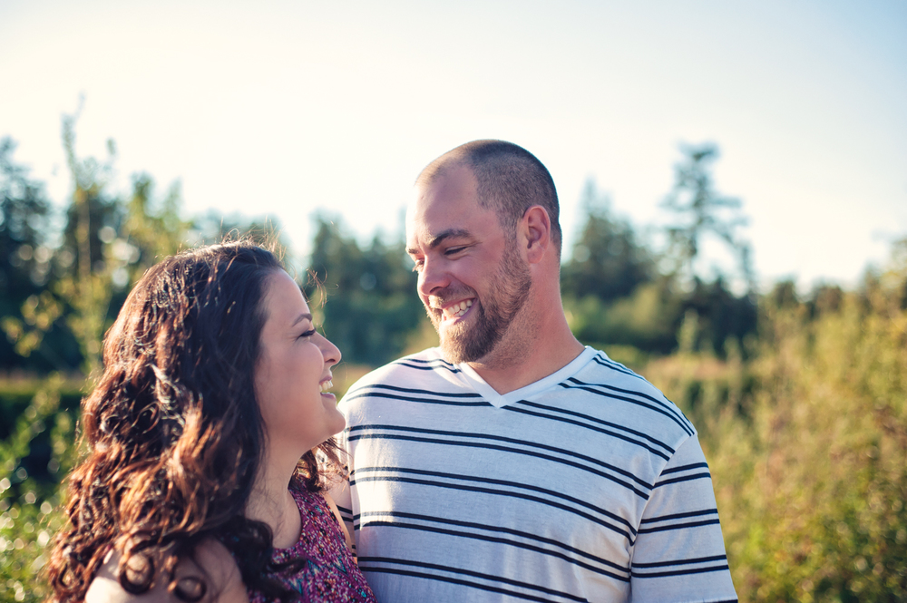 Engagement Sunset Snohomish -8.jpg