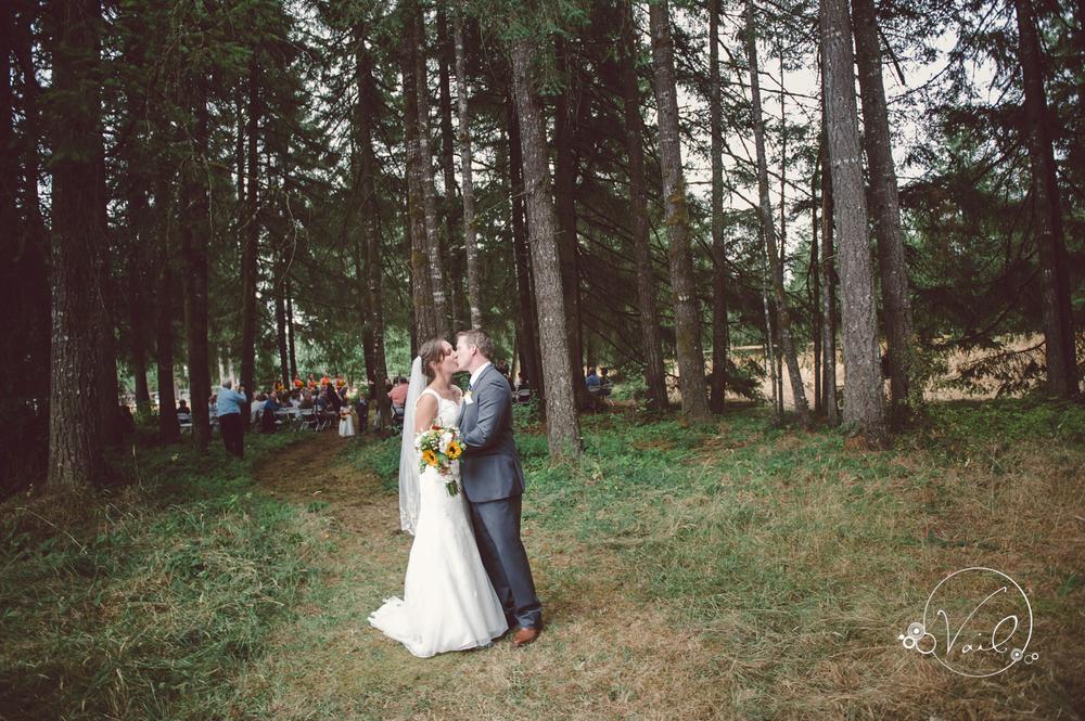 Family Backyard Wedding :  wedding day at Trinity Tree Farm, Issaquah wedding, Seattle Wedding