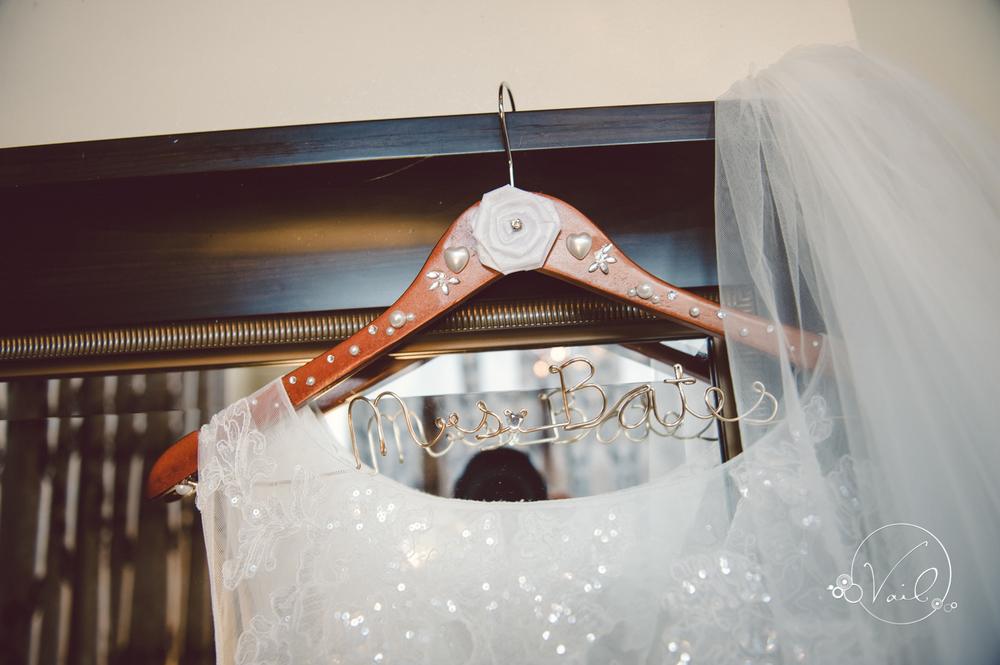 Monte Cristo Ballroom Seattle wedding-3.jpg