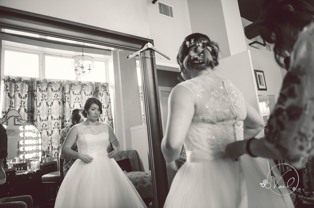 Monte Cristo Ballroom Seattle wedding-10.jpg
