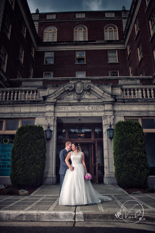 Monte Cristo Ballroom Seattle wedding-26.jpg