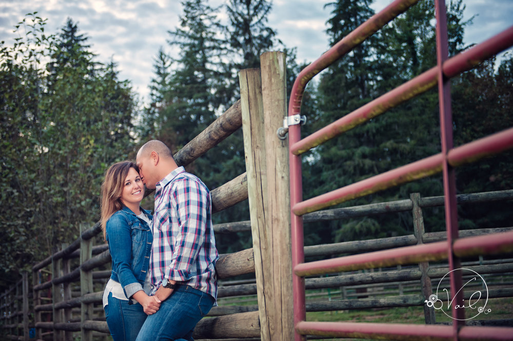 Engagement Session seattle wedding photographers family ranch--19.jpg