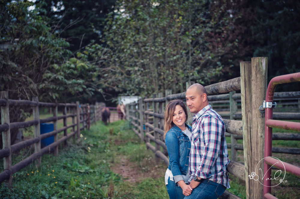 Engagement Session seattle wedding photographers family ranch--21.jpg