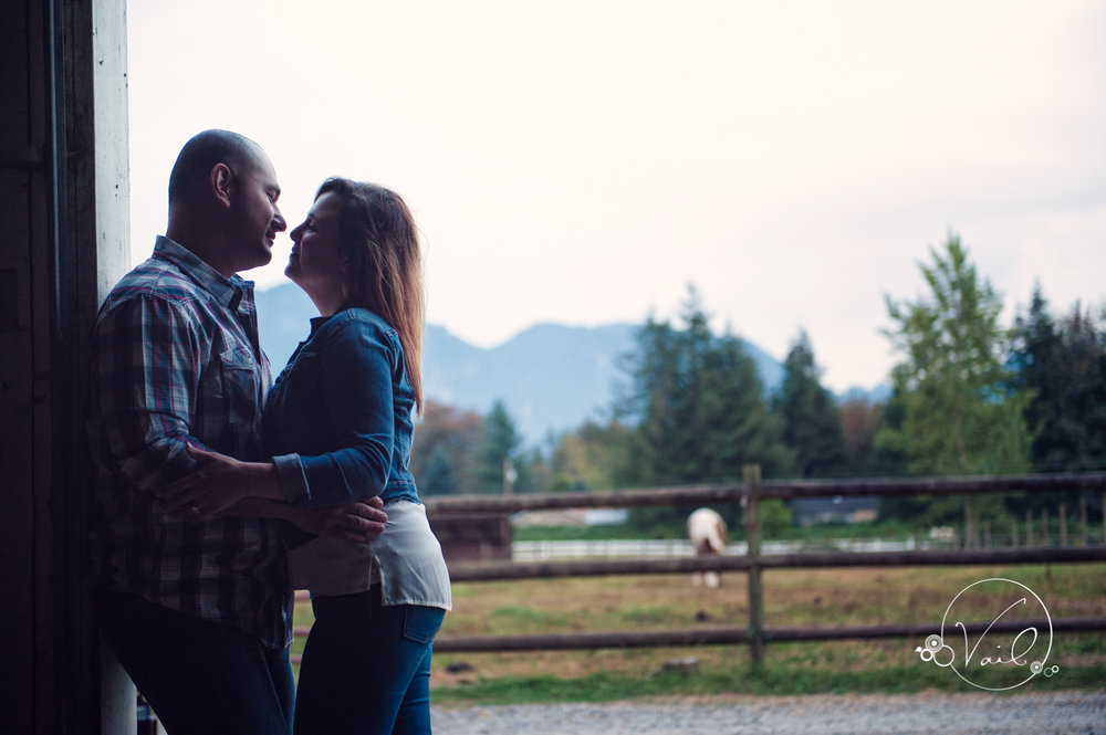 Engagement Session seattle wedding photographers family ranch--28.jpg