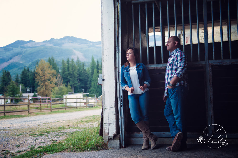 Engagement Session seattle wedding photographers family ranch--33.jpg
