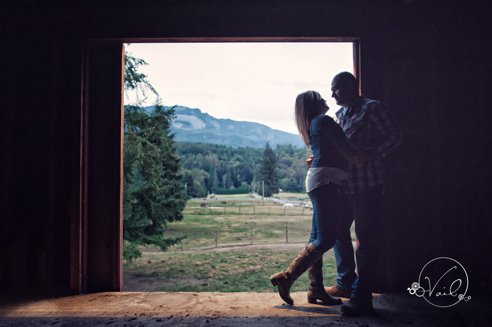 Engagement Session seattle wedding photographers family ranch--37.jpg