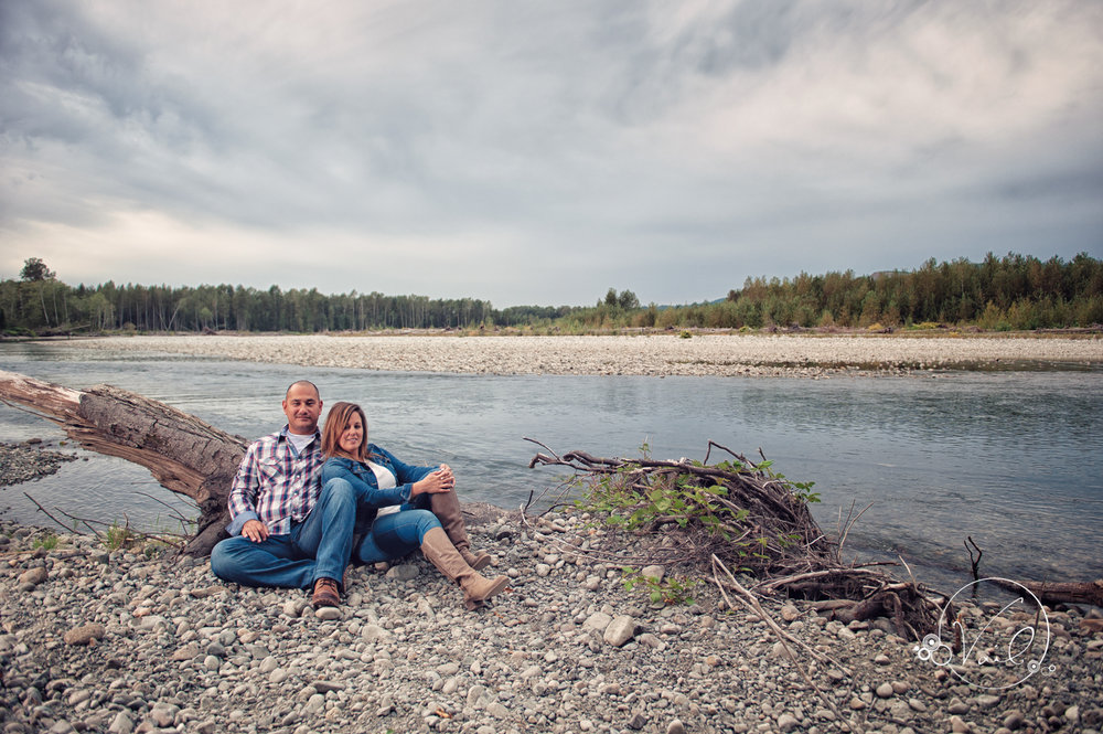 Engagement Session seattle wedding photographers family ranch-.jpg