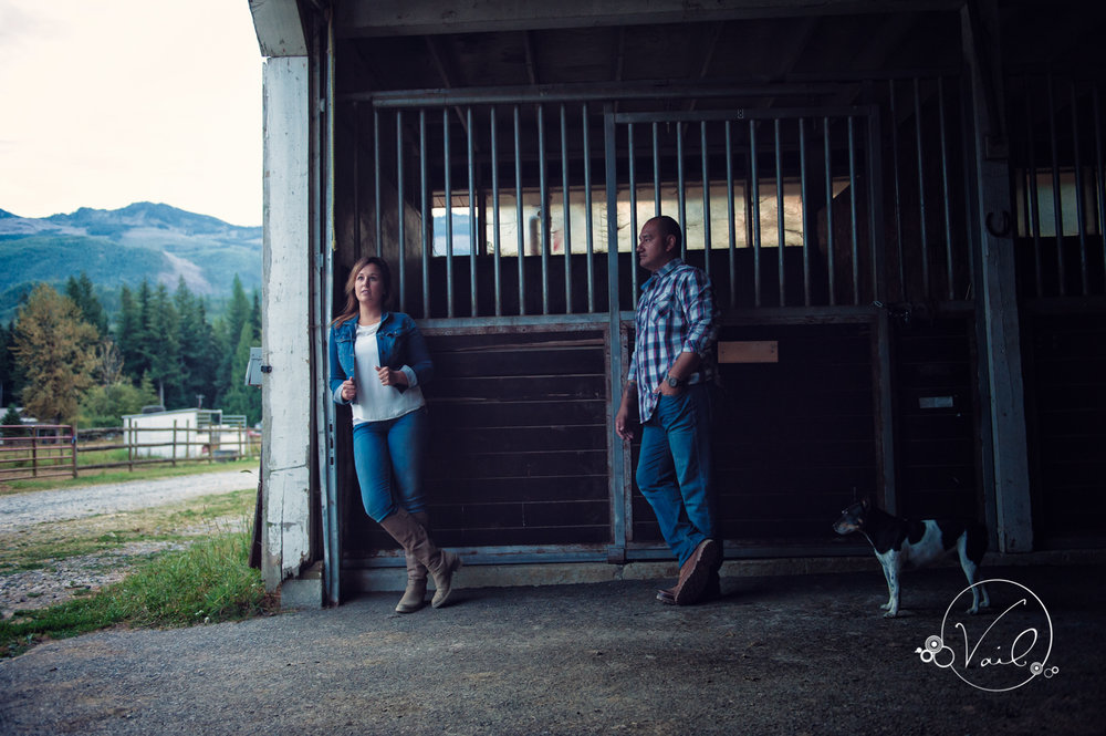 Engagement Session seattle wedding photographers family ranch--32.jpg