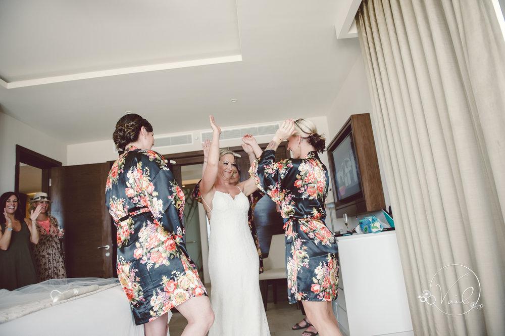 Cancun mexico destinatin wedding-4.jpg