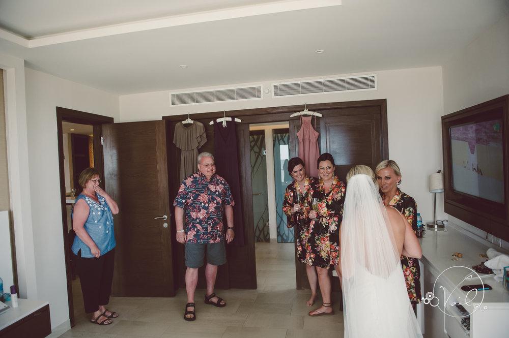 Cancun mexico destinatin wedding-9.jpg