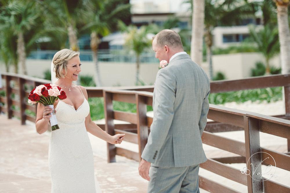 Cancun mexico destinatin wedding-16.jpg