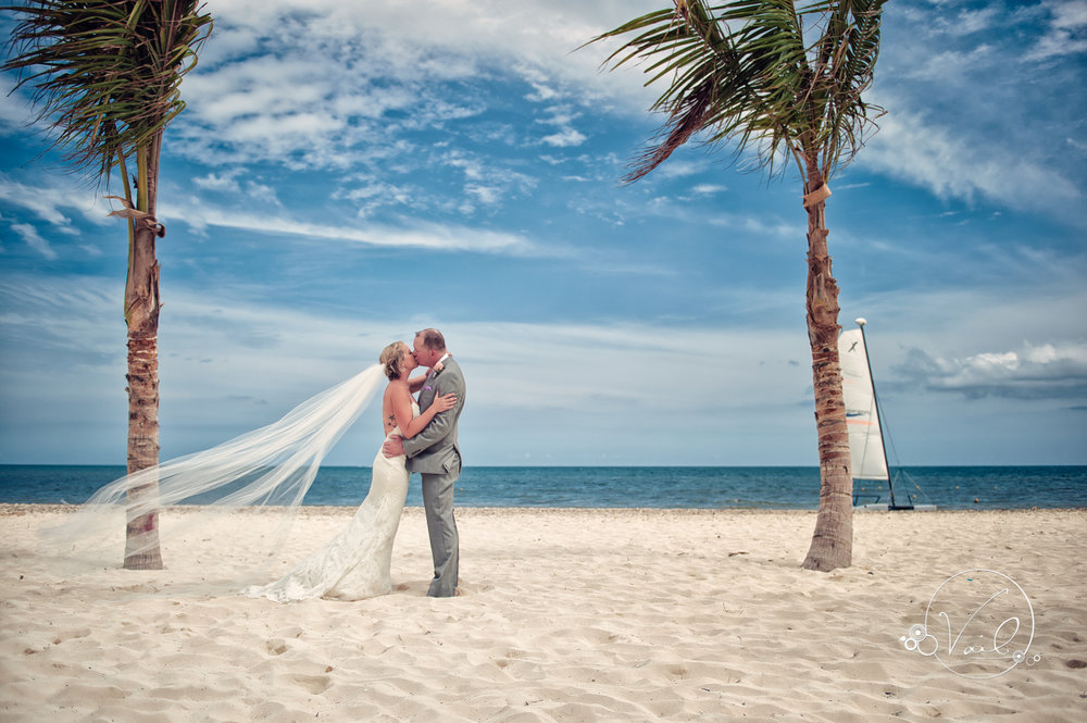 Cancun mexico destinatin wedding-18.jpg