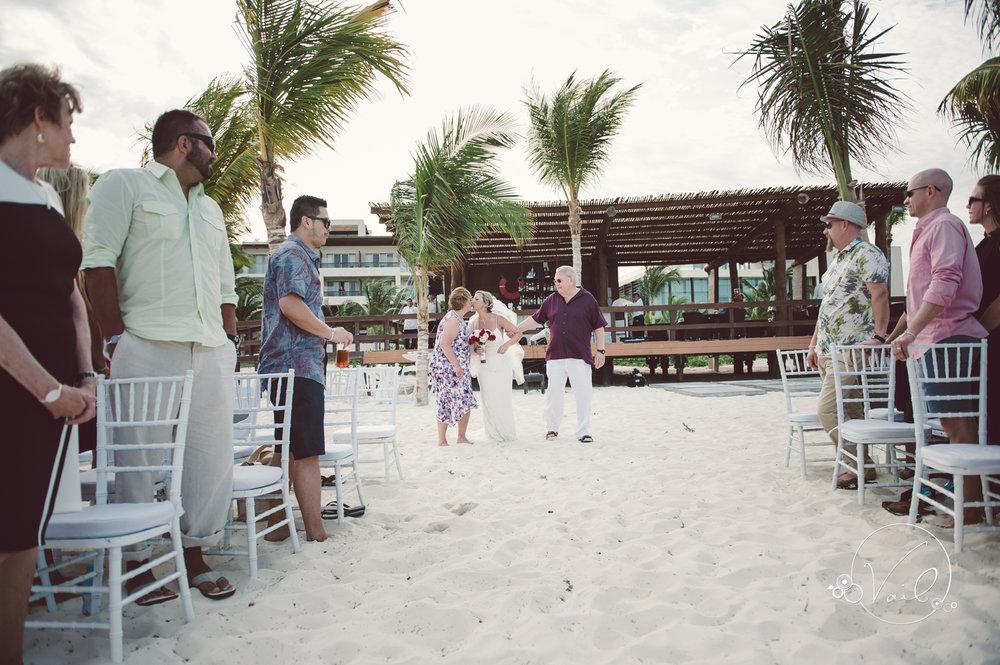 Cancun mexico destinatin wedding-31.jpg