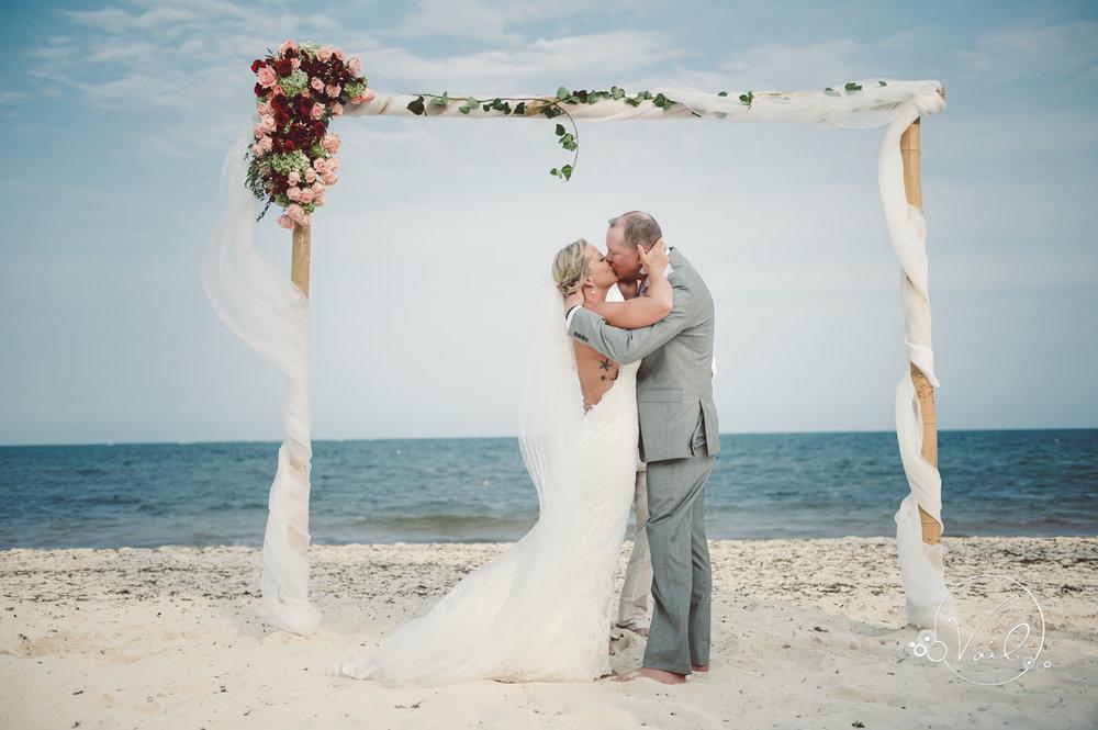 Cancun mexico destinatin wedding-39.jpg