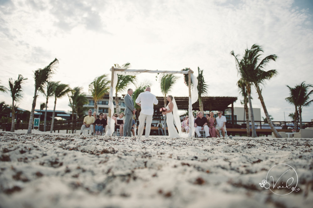 Cancun mexico destinatin wedding-37.jpg
