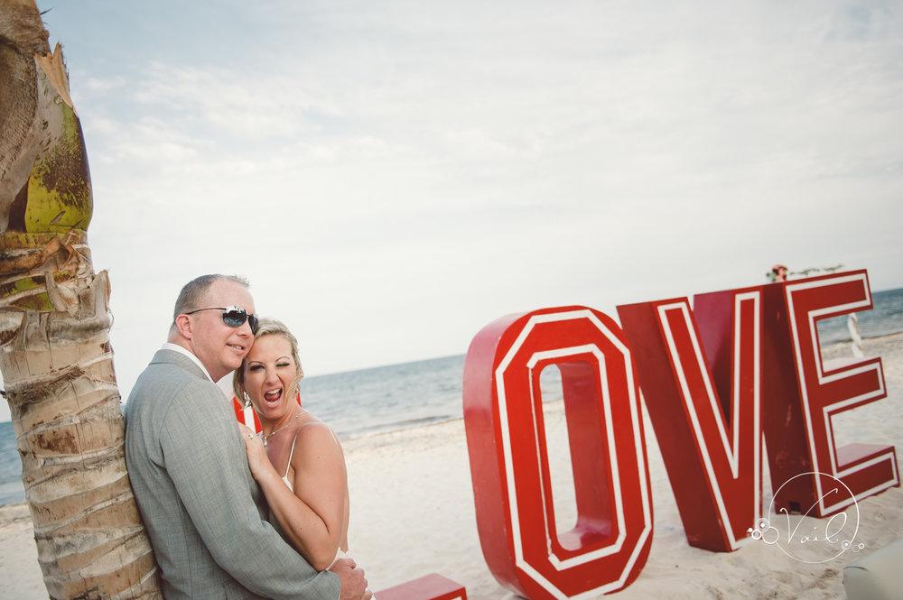 Cancun mexico destinatin wedding-44.jpg