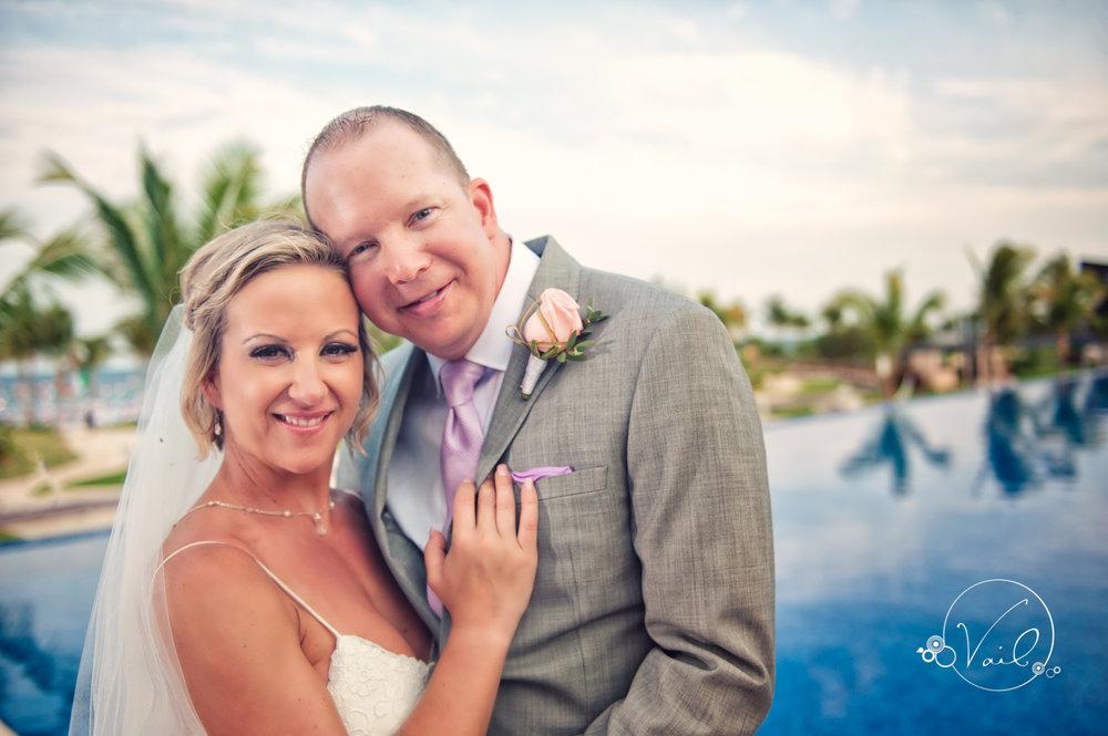 Cancun mexico destinatin wedding-46.jpg