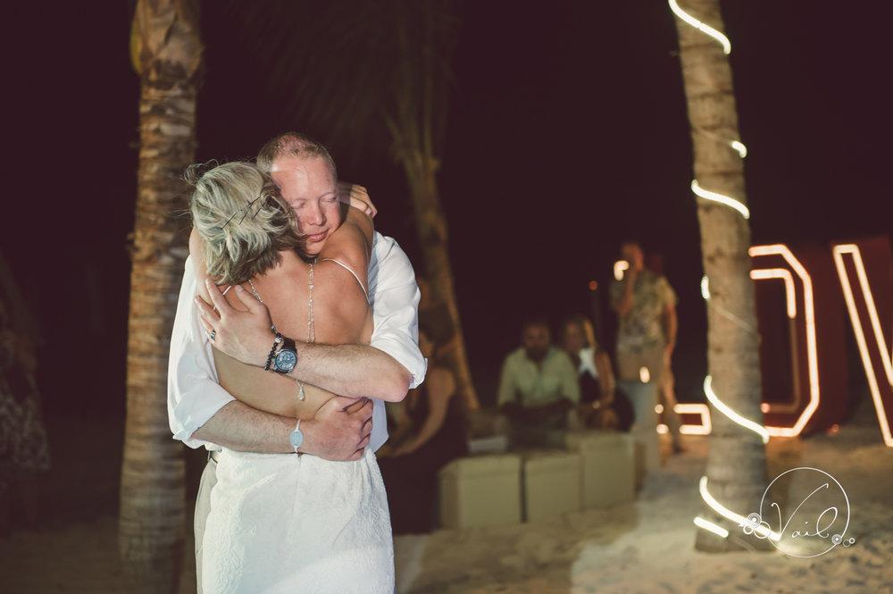 Cancun mexico destinatin wedding-52.jpg