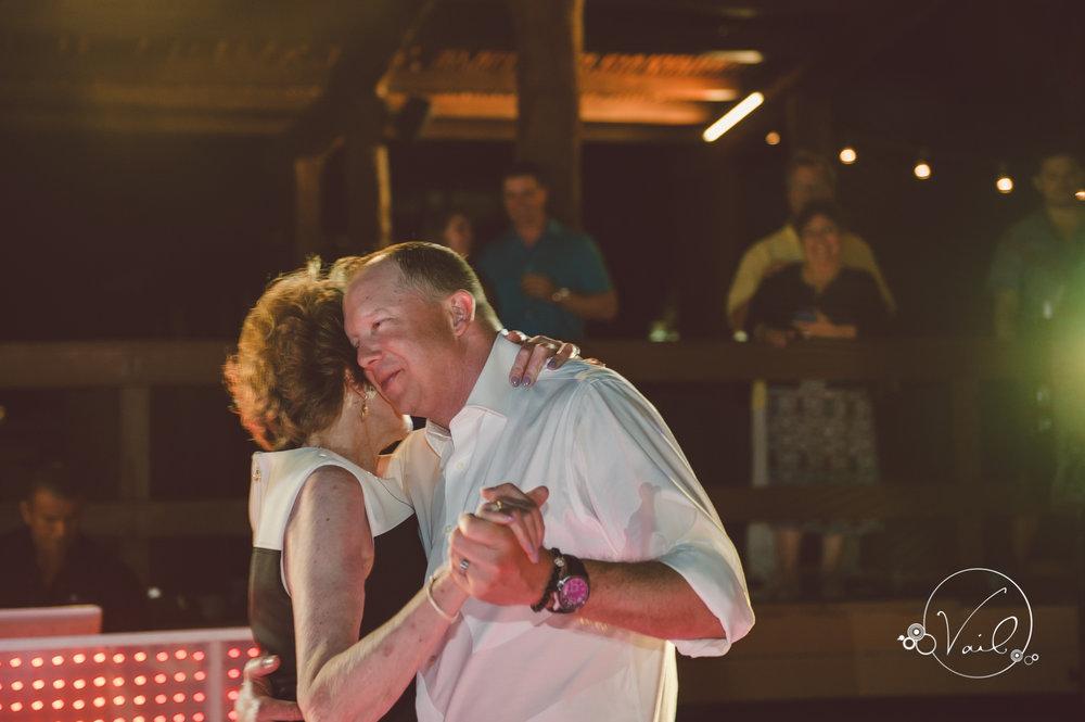 Cancun mexico destinatin wedding-54.jpg
