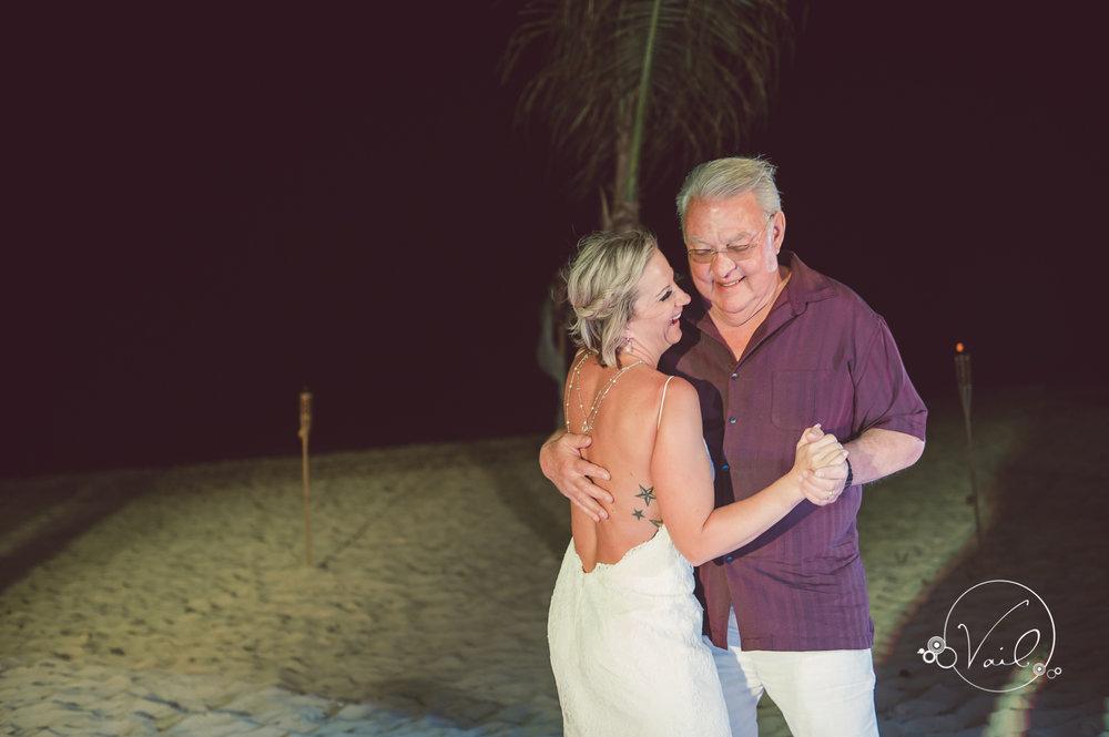Cancun mexico destinatin wedding-53.jpg