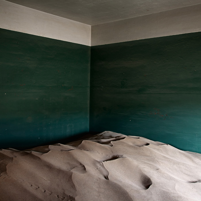 indoor-desert-photos-by-Alvaro Sanchez-Montanes-.jpg