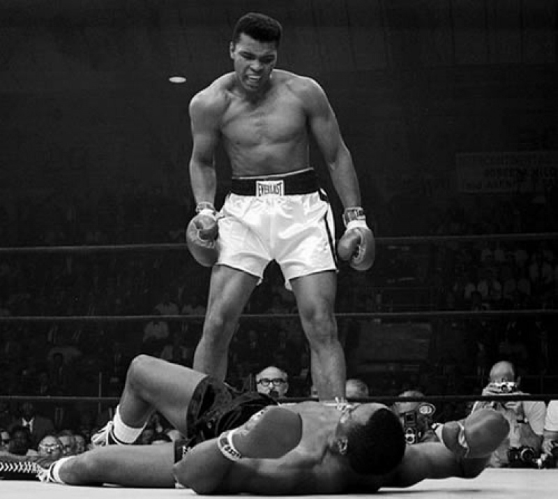 Muhammad Ali knew what athleticism really was. Float Sting.