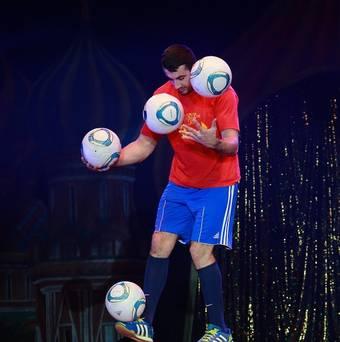 juggling two balls.jpg