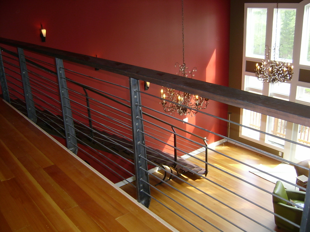 Horizontal railing with custom posts